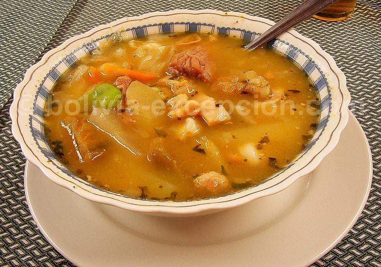 Soupe de Chairon, plat typique du Pando