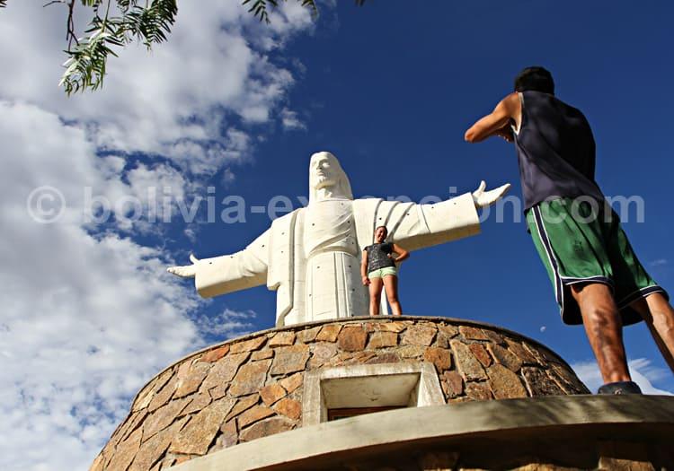 El Cristo de La Concordia, Cochabamba