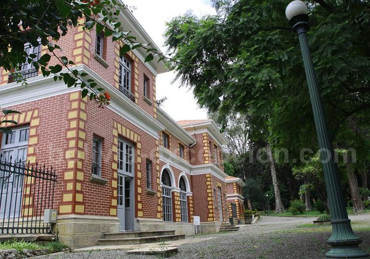 Palacio Portales, Cochabamba