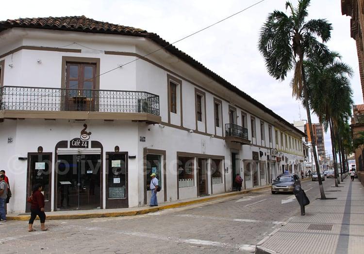Restaurant Café 24, Santa Cruz de La Sierra