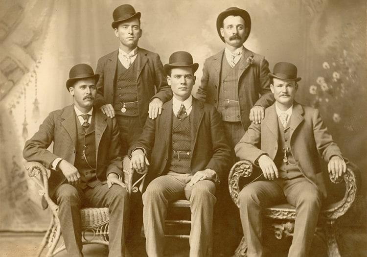 Butch Cassidy (en bas à droite) et le Wild Bunch
