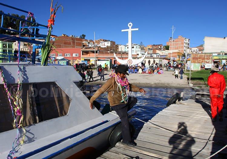Ch'alla, le baptême des bateaux à Copacabana