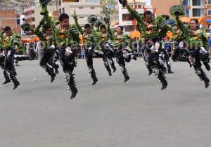 Caporales au carnaval d'Oruro
