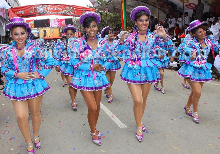 Danses des Caporales au Carnaval d'Oruro
