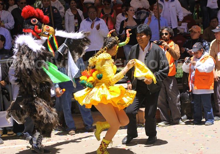 Evo Morales, premier Président d'origine indienne de Bolivie