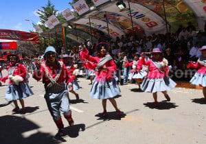 Comparsa de llamerada à Oruro