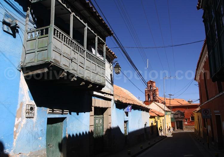Maison à galerie de bois à Potosí