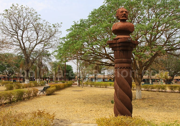 Buste sculpté représentant Martin Schmid