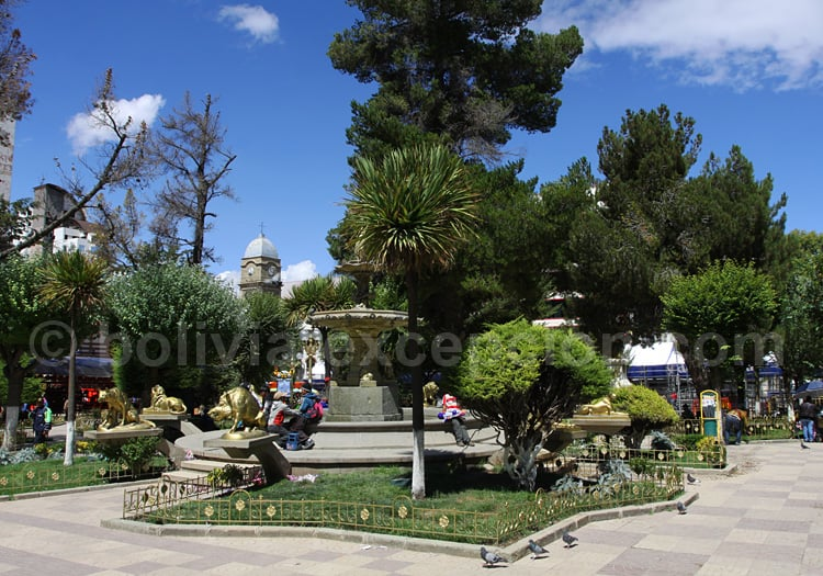Plaza 10 de Febrero, Oruro