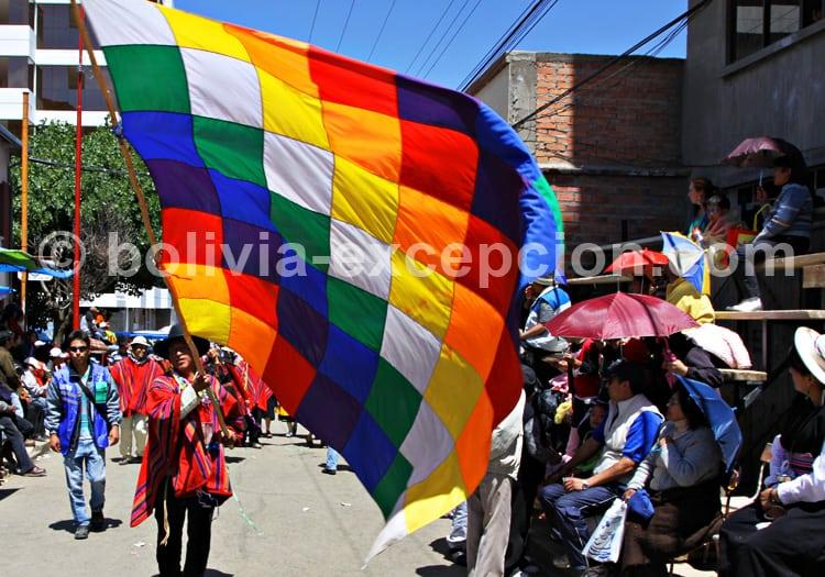 La Wiphala, drapeau des peuples andins