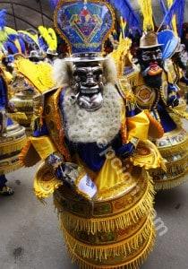 L'usage des masques, rituel social et religieux en Bolivie