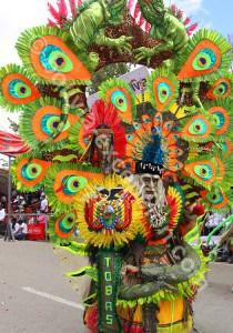 Tenue folklorique au carnaval Oruro