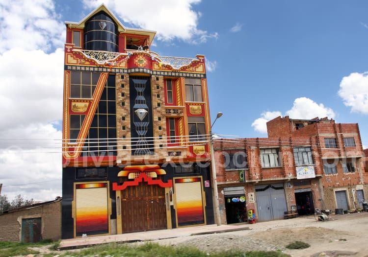 Dégradé de couleurs, architecture Aymara, La Paz