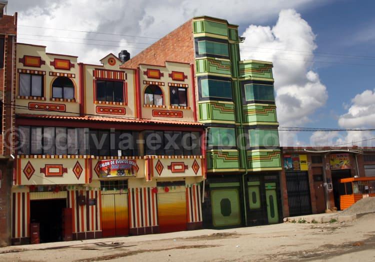 Architecture Aymara, motifs et couleurs vives