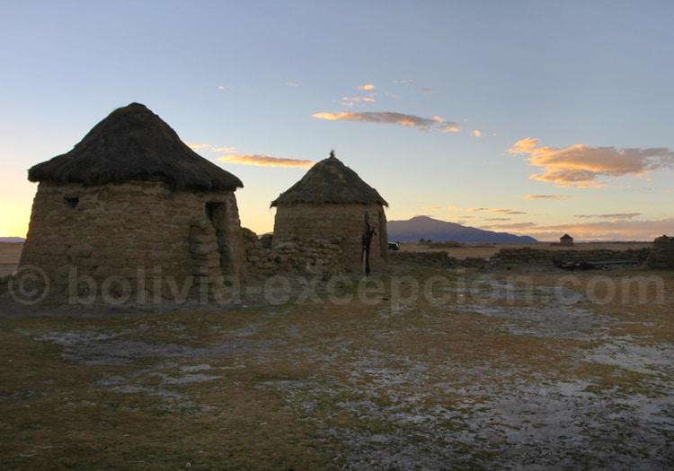 Maisons de paille terre et briques
