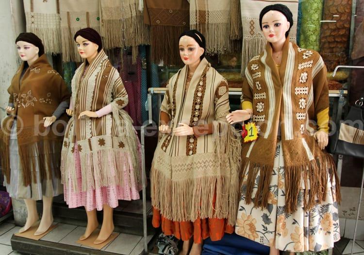 Tenue traditionnelle, Bolivie