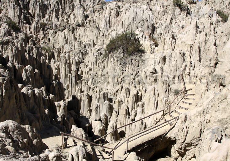Colonnes de pierre, Vallée de la Lune
