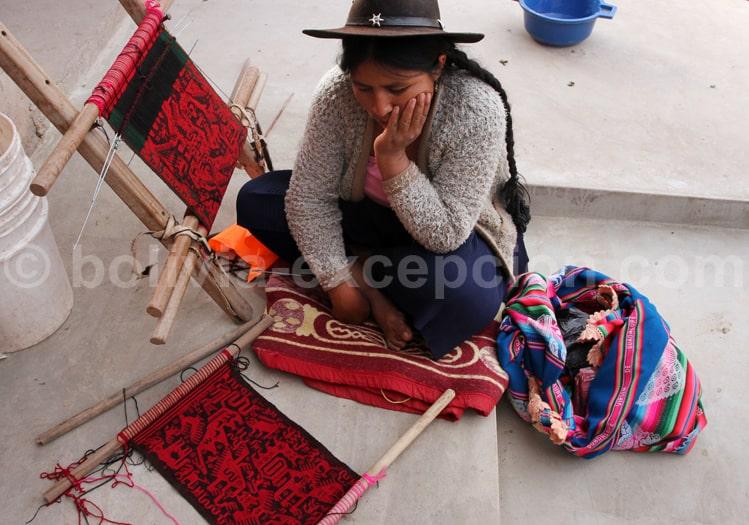 Tissus boliviens, artisanat local