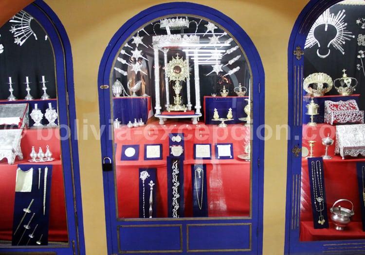 Collection d'objets religieux