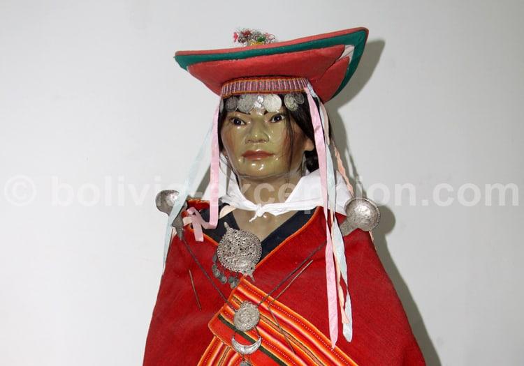 Femme Pujllay