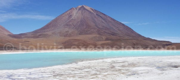 Lagune vert émeraude, Bolivie
