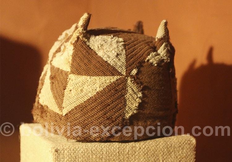 Coiffe bonnet tiwanaku