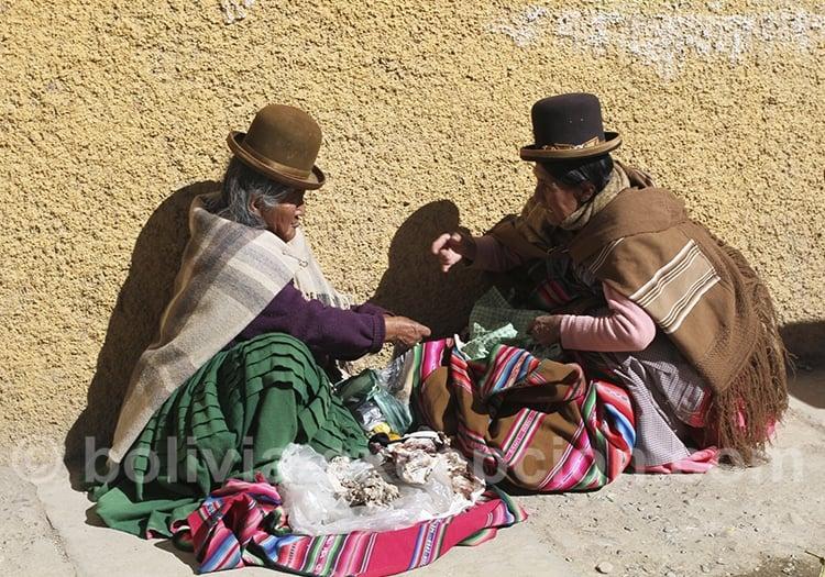 Cholitas au marché de El Alto
