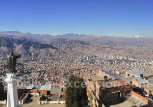 Panorama de La Paz depuis les télécabines violettes