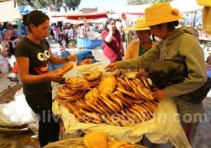 Galettes de blé, marché de Punata