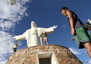 Visite du Christ de la Concorde à Cochabamba