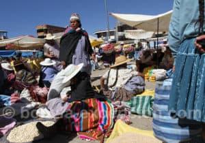 Les couleurs au marché de Punata