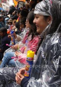 Jeux favoris des enfants au carnaval de Oruro
