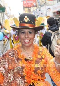 Cholita au carnaval à Oruro
