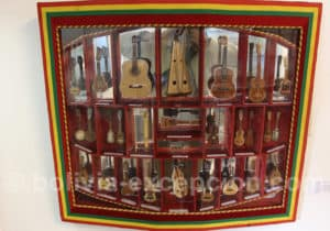 Cordophones miniatures