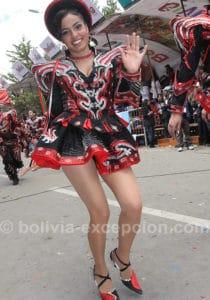 Oruro, 28 000 danseurs, 10 000 musiciens répartis en 150 bandes
