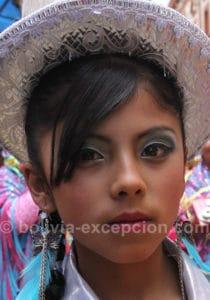 Jeune fille au carnaval de Oruro