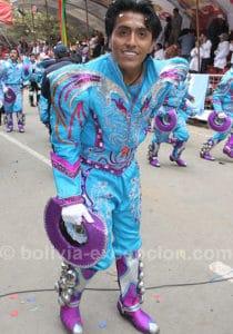 Jeune homme au carnaval de Oruro