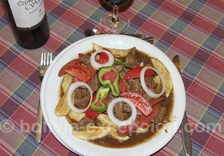 Plat de viande typique de Bolivie