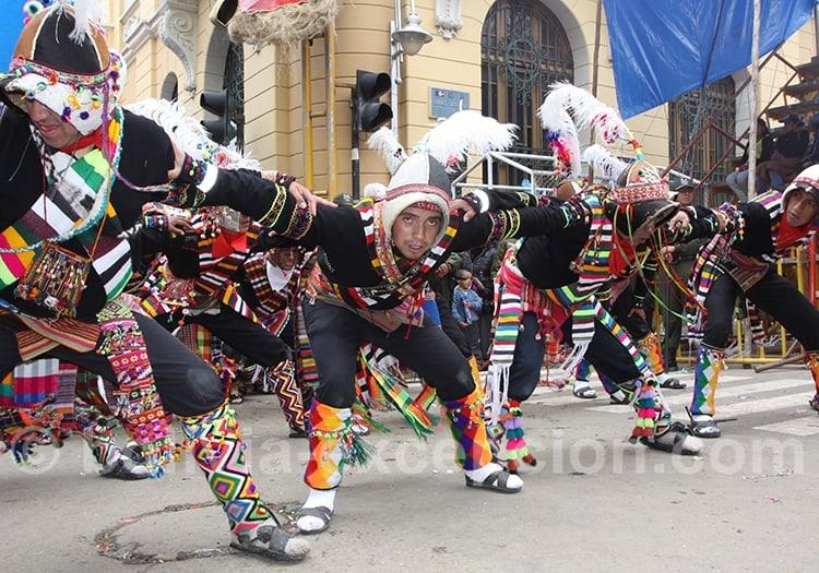Danses Pujllay à Sucre