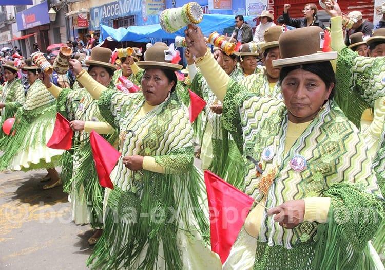 En Mai, fête du Gran Poder à La Paz