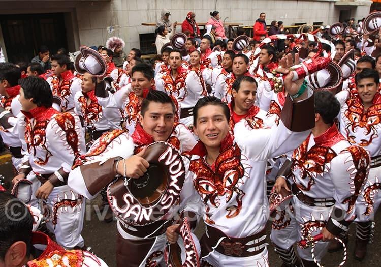 Février carnaval en Bolivie