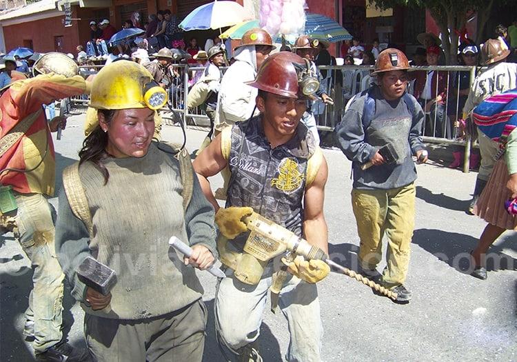 Juillet, fête de la Vierge d'Urkupiña, Cochabamba