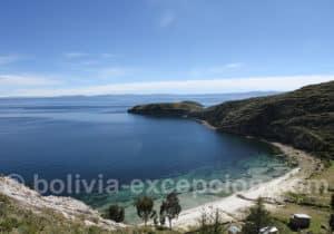 Les eaux bleues de l'île del Sol